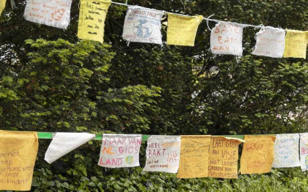 Klimaatwake bij Catshuis hervat: ''We laten ons raken door wat er op het spel staat''